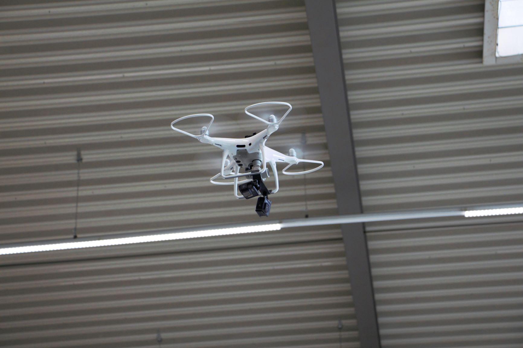 Autonomes Fliegen mit KI
